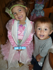Gianna and Isaiah, cutie pies!